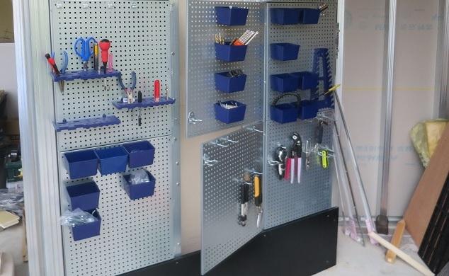 イナバガレージに工具棚を パンチングボード(有孔ペグボード)でつくる!(ボード設置編)